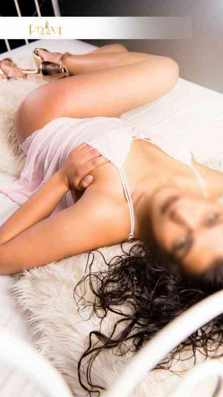 Escort camila, london prive, hot girl in london