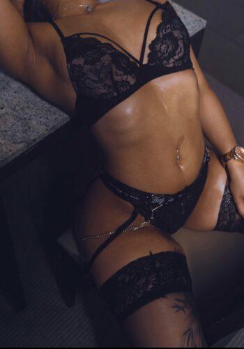 escort model sabrina